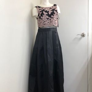Betsey & Adam Long Black Gown size 10